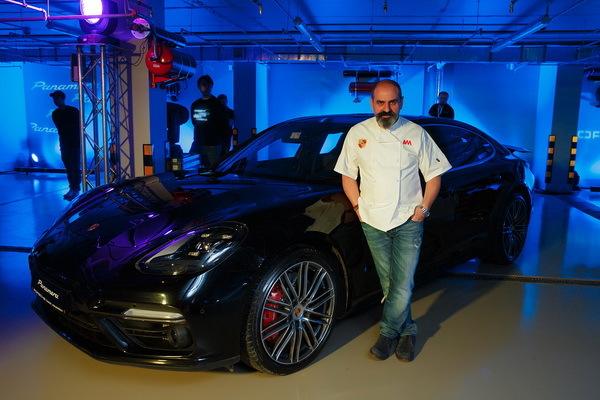 Компания Порш презентовала гибрид Panamera Turbo SE-Hybrid