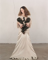 Vanessa-beecroft-white-madonna-with-twins