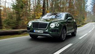 Bentayga diesel_(british racing green 4)_1